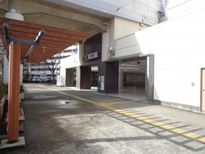 東大島駅(小松川口)